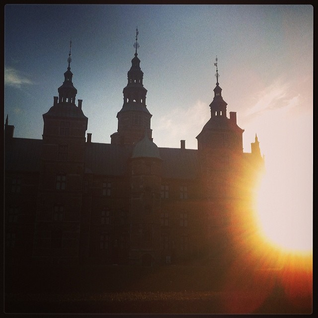 visiting the Queen of Denmark today for teatime in sunny Copenhagen #sunshine#su...