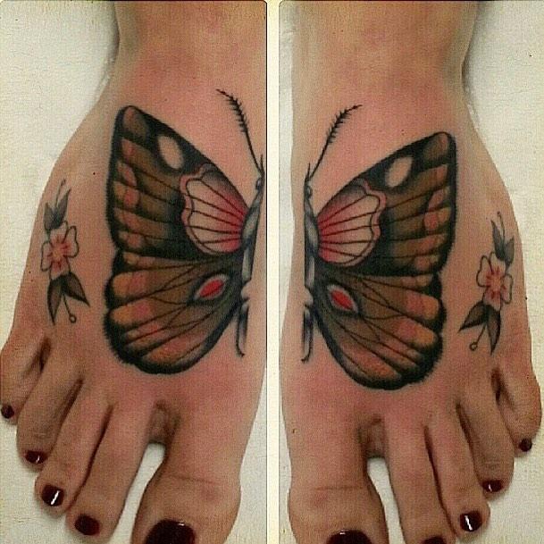 Butterfly.. #matthiasblossfeld #sideshowtraveling #stuckinthepasttattoo #finelin