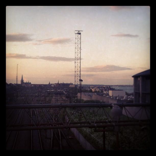 Dusk over Helsingør #dusk#sunset#sky#skyline#railway#rail#teain#trainstation#den...