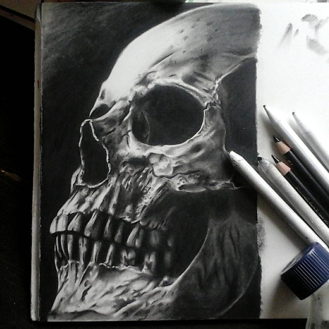 Finally done with this little guy...pencil on 300g arches 6x9in....thx for looki