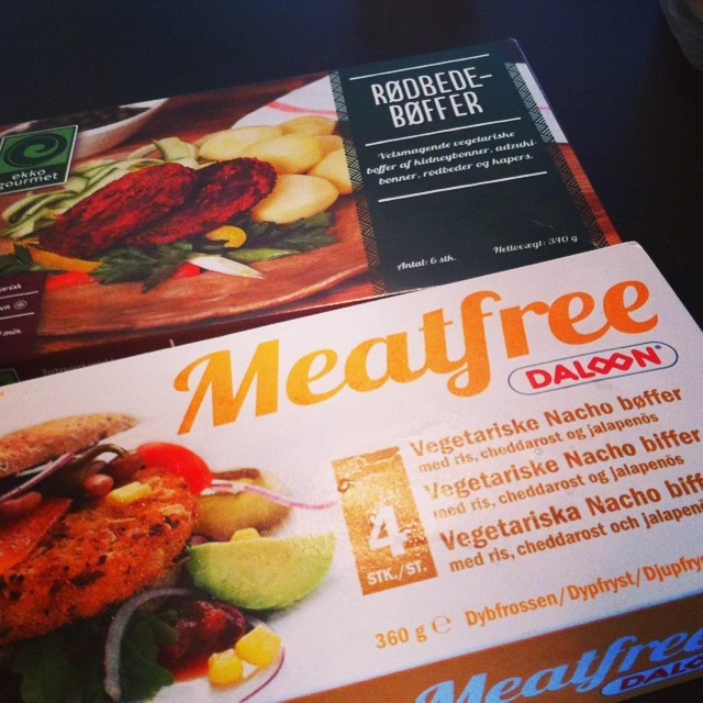 Finally, my faith in this human race has been restored - vegetarian burgers in H...