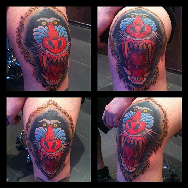 Fun in a knee cap today! More of this please! #tattoo #tattooing #traditional#tr...