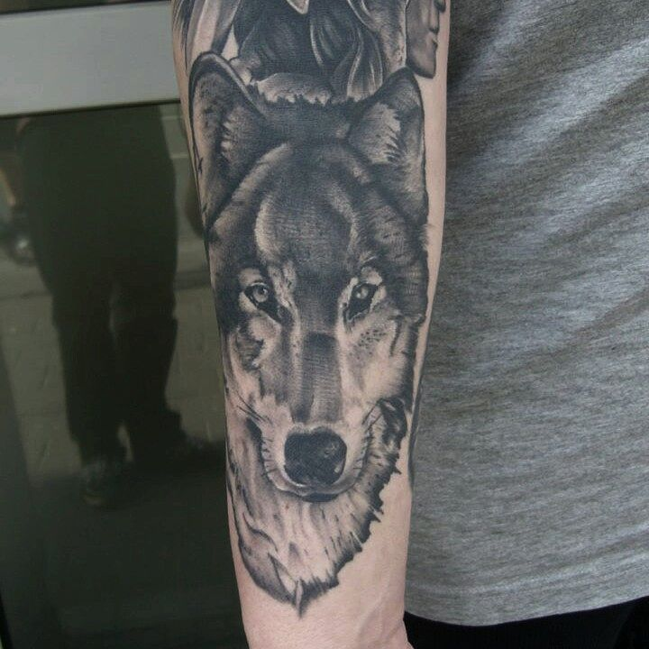 Healed wolf from a while back...thx again Karl-Heinz! #germantattooers #tattoowo