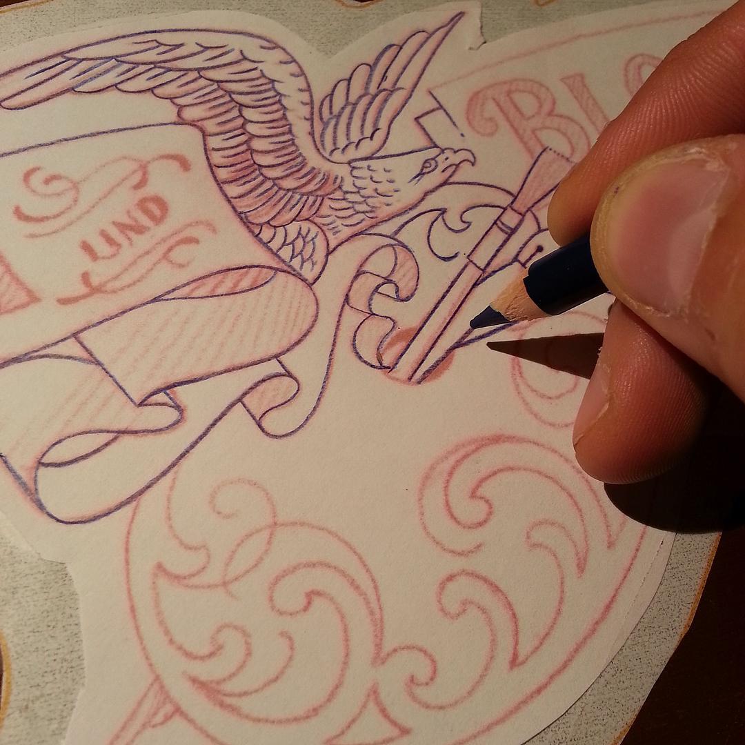 Logomotiv auf Signbox in Berbeitung. #raidaundbloßfeld #handwerkinschriftundgrav