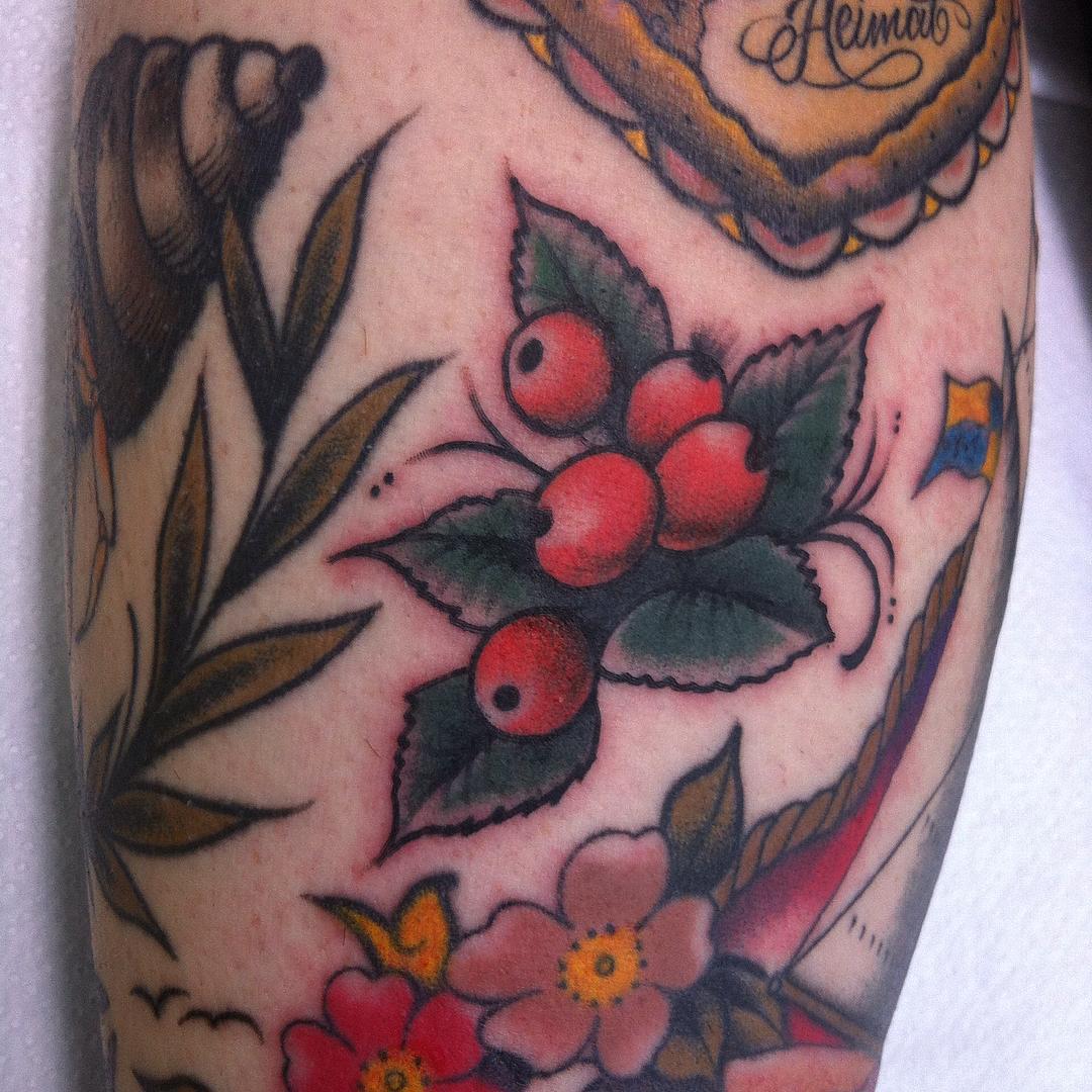 LückenfüllerTag @stuckinthepast_tattoo