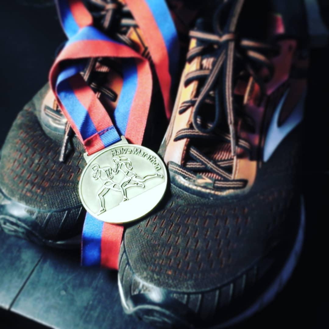 Nach einem Jahr und viel hartem Training bin ich heute meinen ersten Halbmaratho