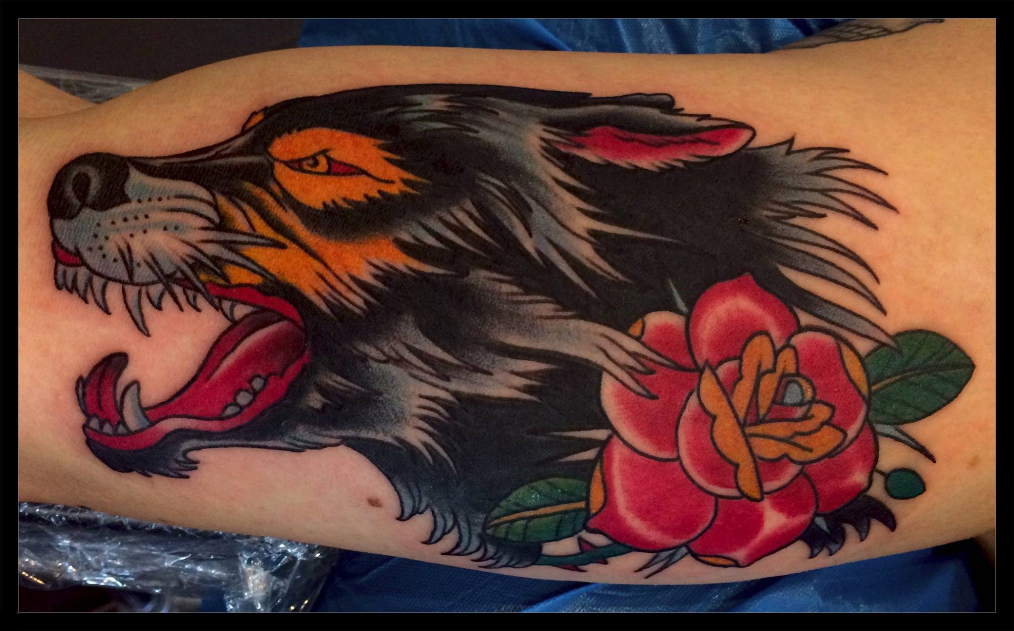 Out come the wolves....done by Ron Raida Übersetzung anzeigen