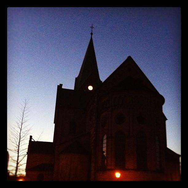 Pott of Doom!  #ruhrpott#church#gothic#herten#doom#dusk#sky ...
