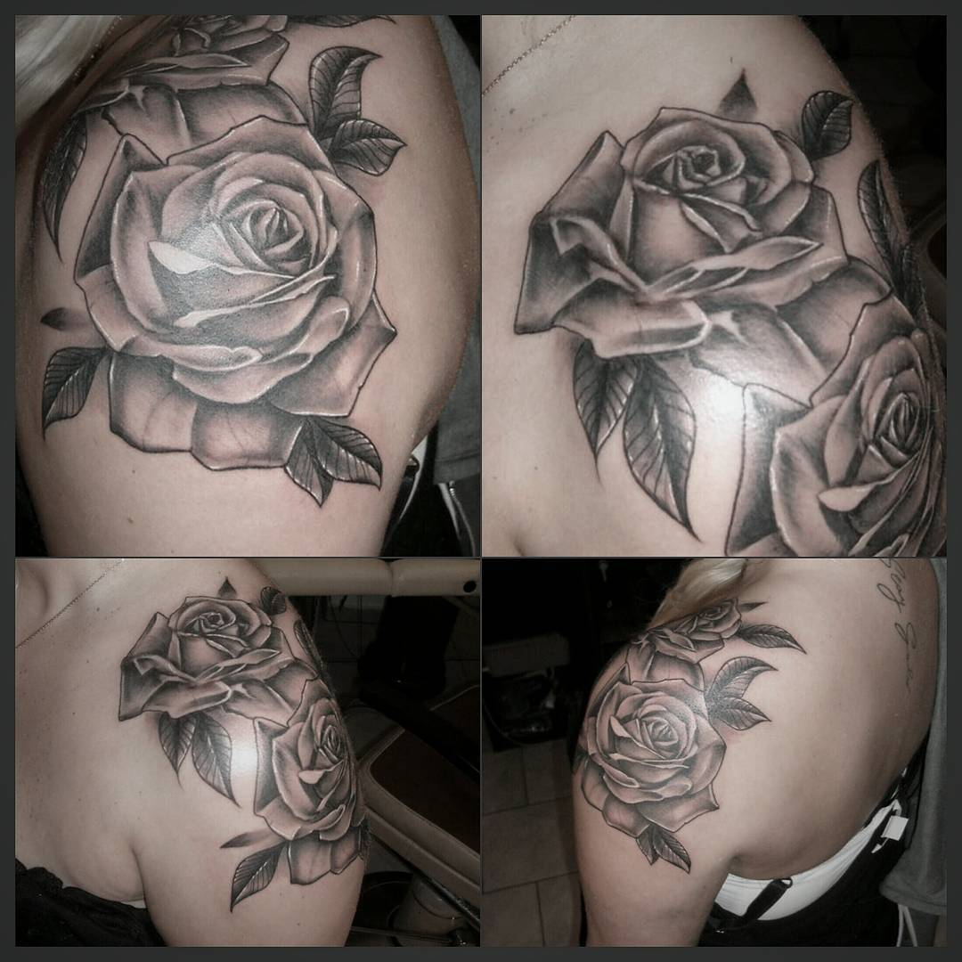 Roses from yesterday....Thx for the cool session #germantattooers #blackandgrey