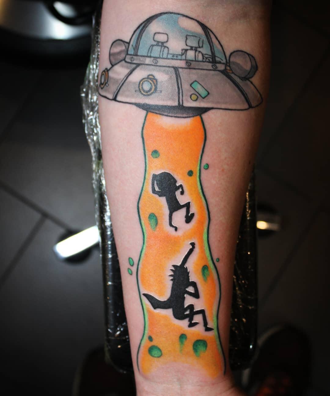 Thank you @iestherlein !!!! #germantattooers #germanartist #tattooworkers #tatto