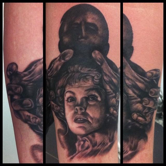 Work of today @zeitgeisttattoo  #tattoo#tattooing#blackandgray#psycho#movietatto...