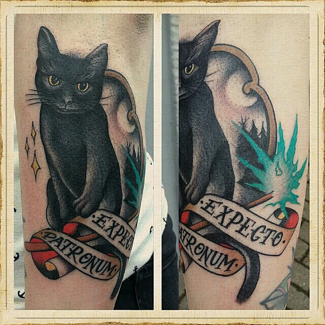#blackcat  #stuckinthepasttattoo #dortmundfinest #bright_and_bold #topclass_tatt