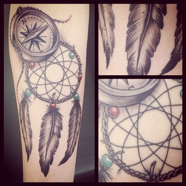 some girly stuff today #tattoo#tattooing#girly#girlystuff#feathers#dreamcatcher#...